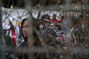 human rights advocates say chile carrying out forced deportations of haitian migrants