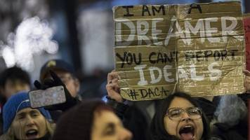 Appeals Court Rules Trump Administration Can't Immediately End DACA