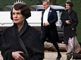 downton abbey movie: elizabeth mcgovern gets into character as she joins hugh bonneville