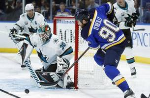 Chad Johnson makes 32 saves, Blues beat Sharks 4-0