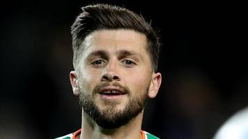 Shane Long: Southampton striker a fitness doubt for Republic of Ireland games