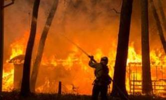California wildfires: nine killed as blaze incinerates town