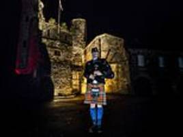 Pipers across Britain kick off Armistice Day commemorations