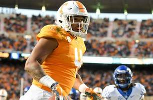Tennessee knocks off No. 11 Kentucky 24-7