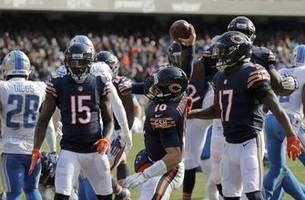 Trubisky throws 3 TDs, Bears beat Lions 34-22