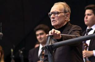 ennio morricone calls quentin tarantino a 'cretin' who makes 'trash' movies