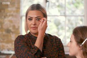 lisa armstrong fans back her for own makeup show after strictly wowing fans amid ant mcpartlin divorce drama
