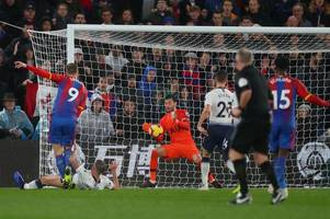 trippier's respect, sorloth's woe and a half time show: palace moments missed against spurs
