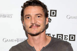 'the mandalorian': pedro pascal in talks to star in jon favreau's 'star wars' tv show