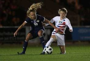 u.s. women's soccer team caps undefeated year with win over scotland
