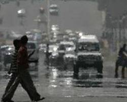 Delhi homeless to be given masks as smog worsens: official