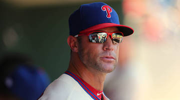phillies manager gabe kapler loses home in woolsey fire, urges awareness