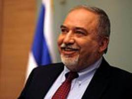 Israel's defence minister quits over Gaza ceasefire