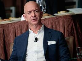 'utterly unbecoming': jeff bezos is getting slammed by tech leaders for how amazon hq2 sites were selected (amzn)