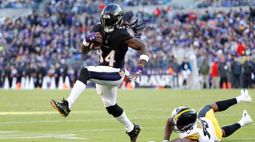 Fantasy Football Buy, Sell, or Hold: Alex Collins is a Sneaky Trade Target