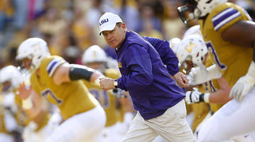 welcome to silly season, starring les miles plane speculation