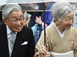 Japanese workers given ten-day holiday to mark emperor's abdication