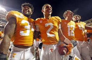 Tennessee fights for bowl eligibility against Missouri