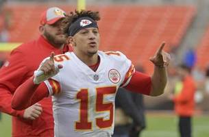 Twitter reacts to Patrick Mahomes saying he puts ketchup on his steak