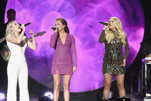 carrie underwood, karen fairchild lead cmt's push for more women in country music