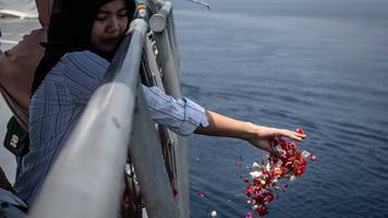 lion air crash: boeing sued by victim's family over aircraft design