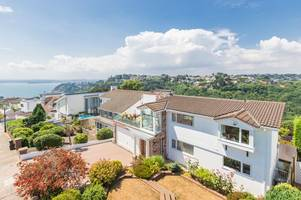 Marine home in one of Torquay's premier addresses is for sale