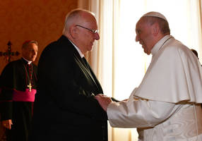 President Rivlin meets Pope Francis at the Vatican