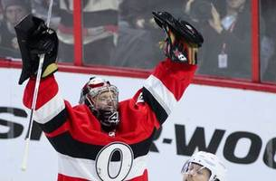 Anderson stops 2 penalty shots, Senators beat Red Wings 2-1