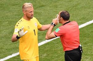 kasper schmeichel remains unconvinced by var despite premier league approval