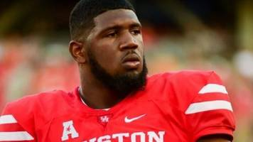 University of Houston football star gets into heated argument with coach over coat
