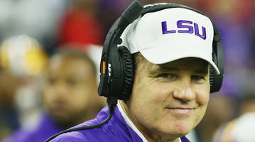 kansas finalizing deal to hire les miles as jayhawks head coach