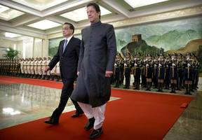 PM Imran Khan compares himself with Hitler, Napoleon