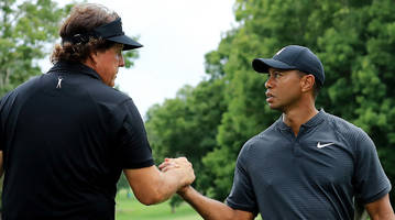 tiger woods vs. phil mickelson: betting odds and prop bets
