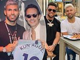 manchester city's sergio aguero hangs out with american singer marc anthony in miami