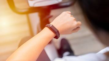fitness trackers for pupils call by welsh labour candidate
