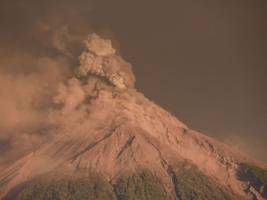 Thousands evacuated as 'Volcano of Fire' erupts