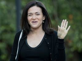 Facebook staff have voiced a 'huge upswell' of support for Sheryl Sandberg after she reportedly feared for her job, says company exec (FB)