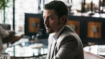 Narcos: Mexico connects to Netflix's early seasons in a surprising way