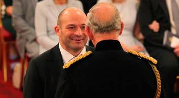 watch: ulster captain rory best receives obe from prince charles at buckingham palace