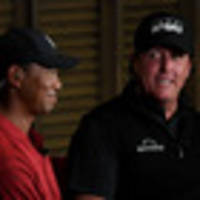 golf: tiger woods, phil mickelson roll pay-per-view dice in las vegas