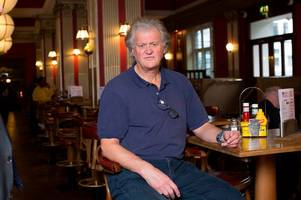 jd wetherspoon boss coming to bristol on 'brexit pub crawl'