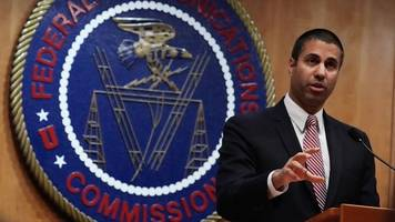 proposed text message rules echo the fight over net neutrality
