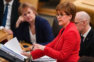 nicola sturgeon claims 10 per cent pay rise for teachers is 'unaffordable'