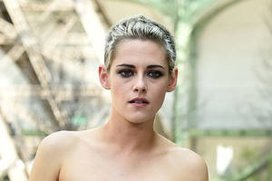 kristen stewart in talks to star in holiday rom-com 'happiest season' at tristar