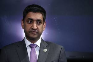silicon valley's rep. ro khanna talks tech regulation on the vergecast