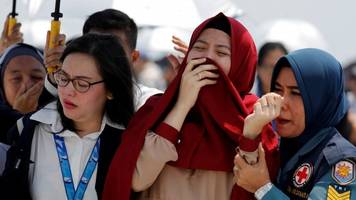 lion air crash: investigators say plane was 'not airworthy'