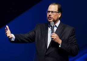 salesforce ceo marc benioff is putting up $6.1 million to turn a hotel into a halfway house for san francisco's homeless population