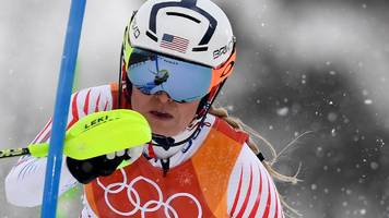lindsey vonn: us skier delays planned retirement at end of world cup season
