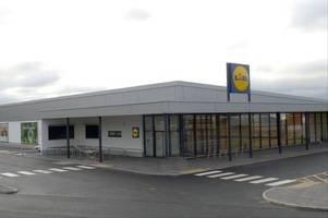 opening date revealed for lidl's huge new stoke-on-trent store (and shoppers will be able to pick up these bargains)