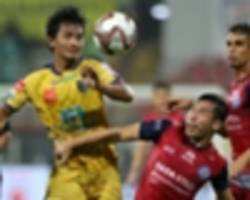 isl 2018-19: controversial penalty helps jamshedpur fc hold kerala blasters